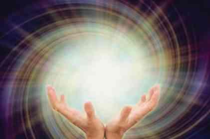İnanma arzusu ile Tanrı ve O'nun tarafından yaratılan dünya arasındaki ilişkinin ne olduğu problemi evrenseldir.