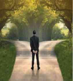 Felsefe, insanın karşısına çıkan durumların çeşitli yönlerini ona göstererek doğru düşünmesine katkı sağlar