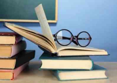 İyi kitaplar okumak,geçmiş yüzyılların en ünlü beyinleriyle sohbet etmeye,hatta bu yazarların en iyi düşüncelerini bize açtıkları bir sohbete benzer. R.Descartes